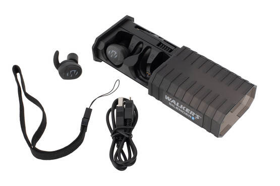 Walkers Silencer 2.0 electronic hearing protection come with a carrying case