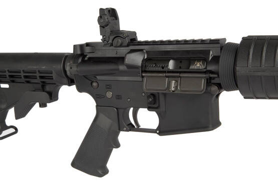 The Spikes Tactical 5.56 Carbine comes with Magpul flip up rear sight and fixed front sight